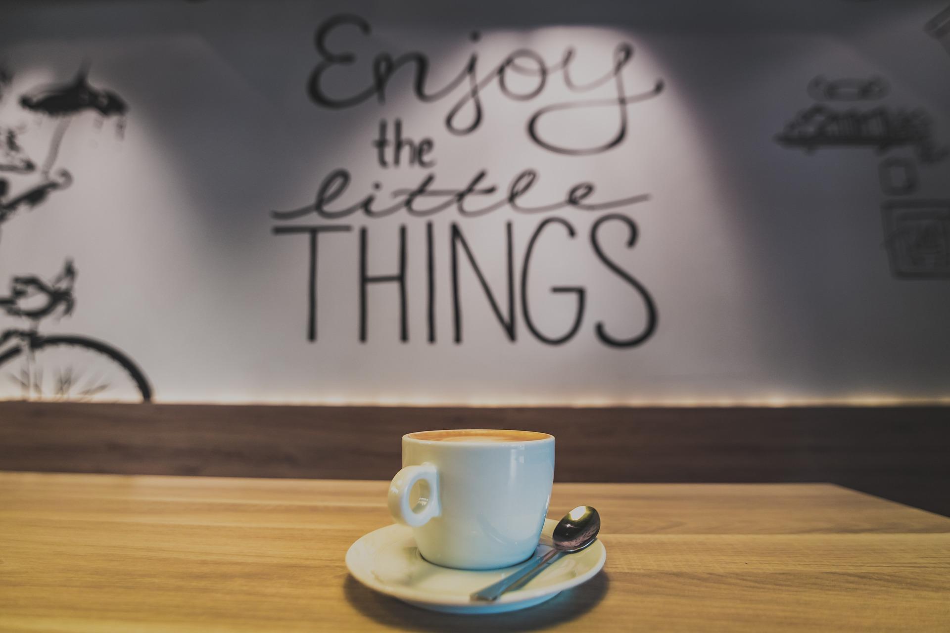 cafe-2618801_1920